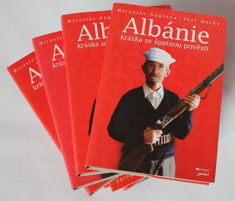 FOTO: Albánie - kráska se špatnou pověstí