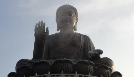 Velký Buddha hlídá celé město, FOTO: Barbora Babčanová, Topzine.cz