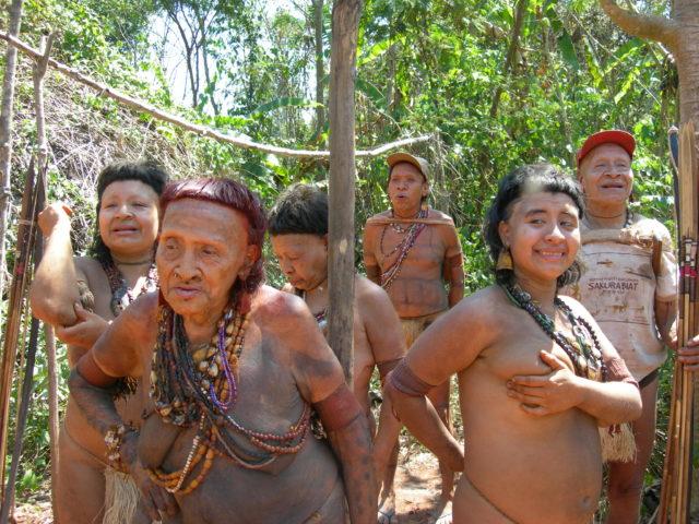 Příslušníci kmene Akuntsu, který neúprosně mizí, Zdroj: © Fiona Watson / Survival