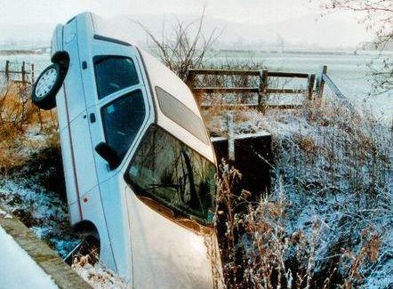 Autonehody jsou častou příčinou úmrtí za hranicemi. Zdroj: sxc.hu