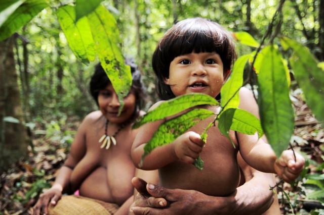 Dítě kmene Awá, Zdroj: Awá: © Survival