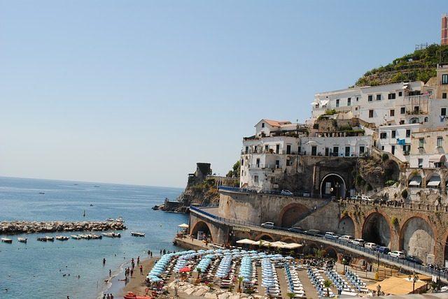 Kam do jižní Itálie Amalfi Kampánie