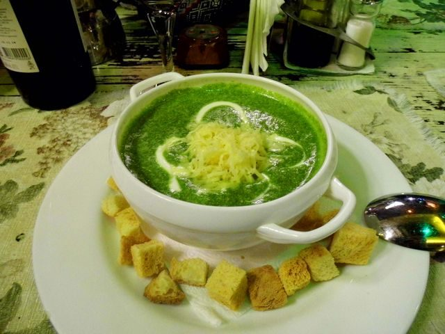 Gastrovýlet do Evropy Rumunská polévka, Sibiu, Rumunsko