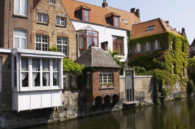 Cestování pro ženy, Bruggy, Belgie