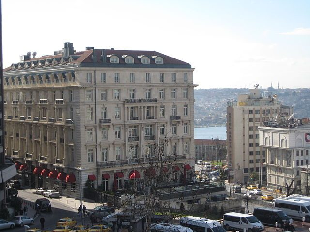 Pera Palas Hotel