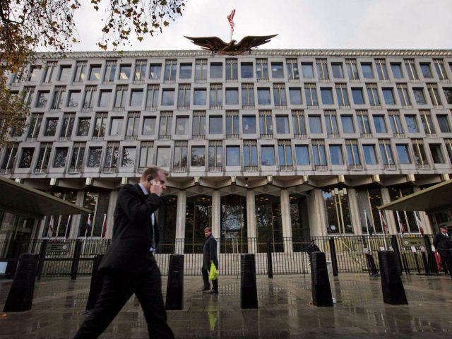 americká ambasáda v Londýně