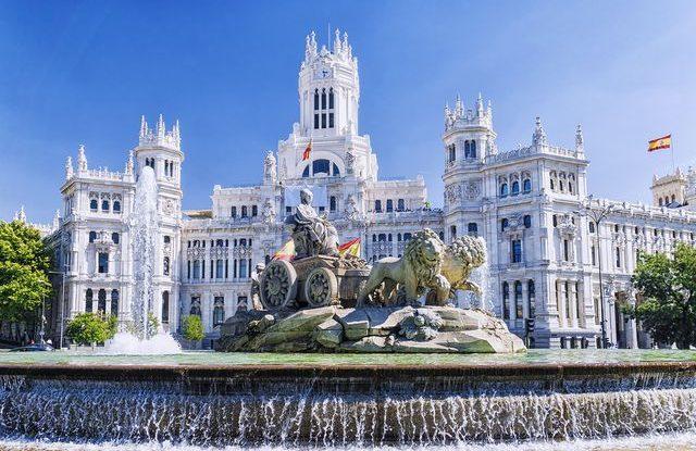 co je ve Španělsku není fyzicky přitahován tím, s kým chodím