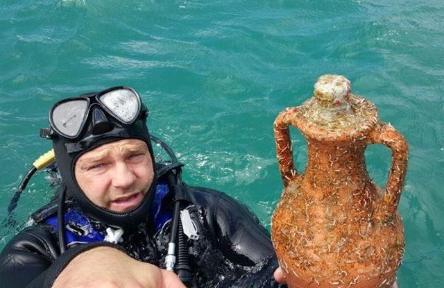 Víno v moři v Chorvatsku