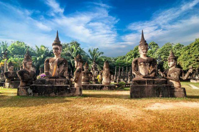 Vientiane, cestování po Laosu