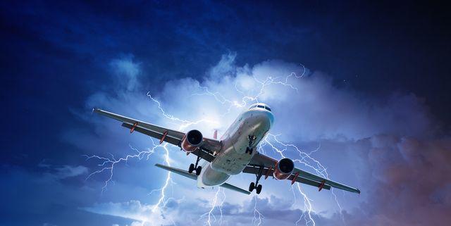 Zásah letadla bleskem