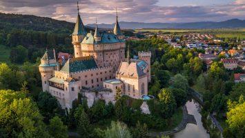slovensky zámek Bojnice