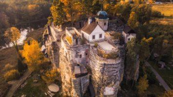 Skalní hrad Sloup v severních Čechách