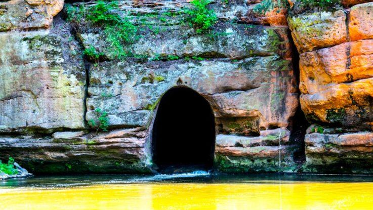 Tunel v řece Ploučnici